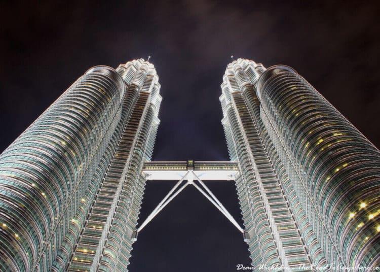 Petronas Towers at night - no more misadventures