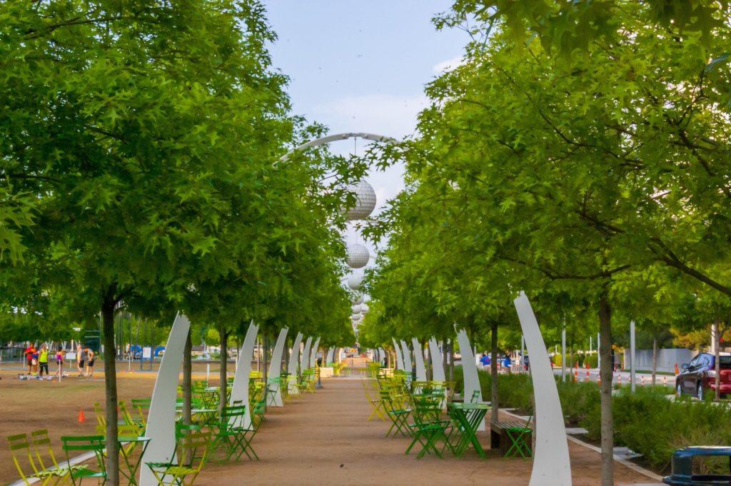 Klyde Warren Park, Dallas Texas