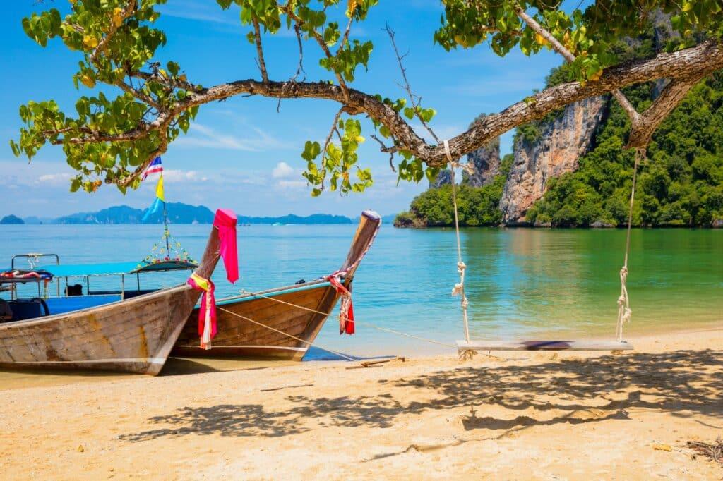 beach in thailand trip