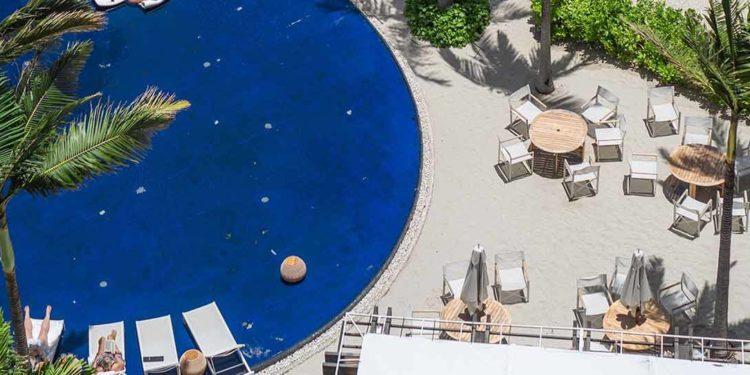 modern honolulu pool