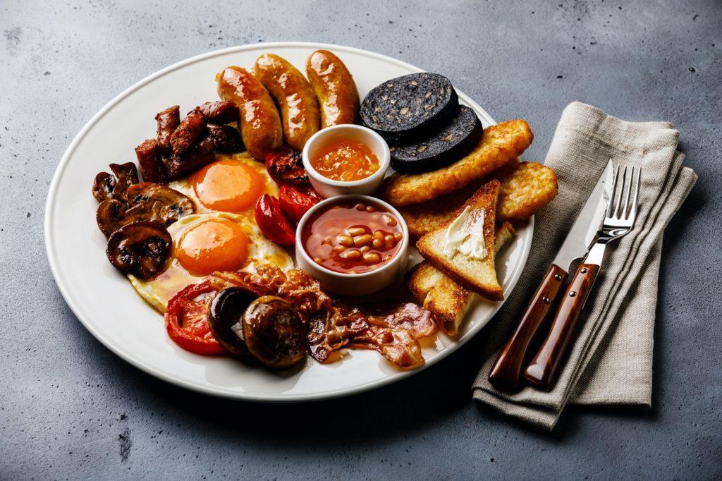 English breakfast in London