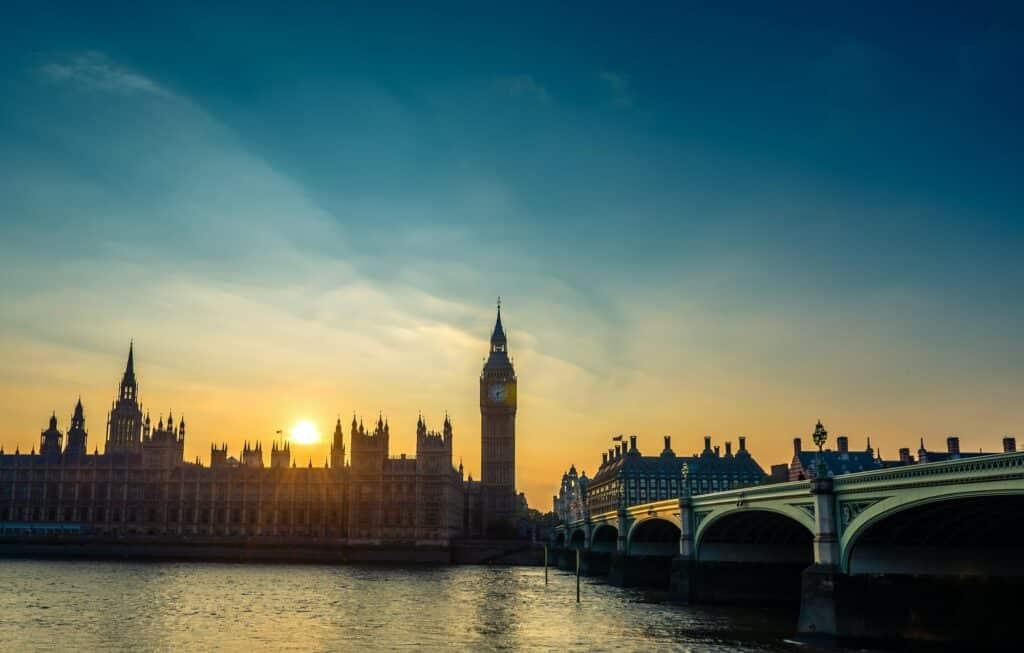 visit London as a solo traveller
